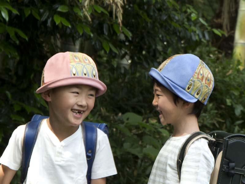 電通 世の中ちょっとよくする展 西陣織金襴帽子