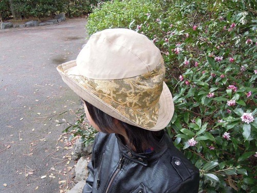 子供用 西陣織 金襴 牡丹蔓唐花小菱地紋 帽子