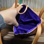 西陣織 金襴 独楽つなぎ紋様のバッグ