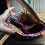 西陣織 金襴 薔薇に青海波紋様のバッグ