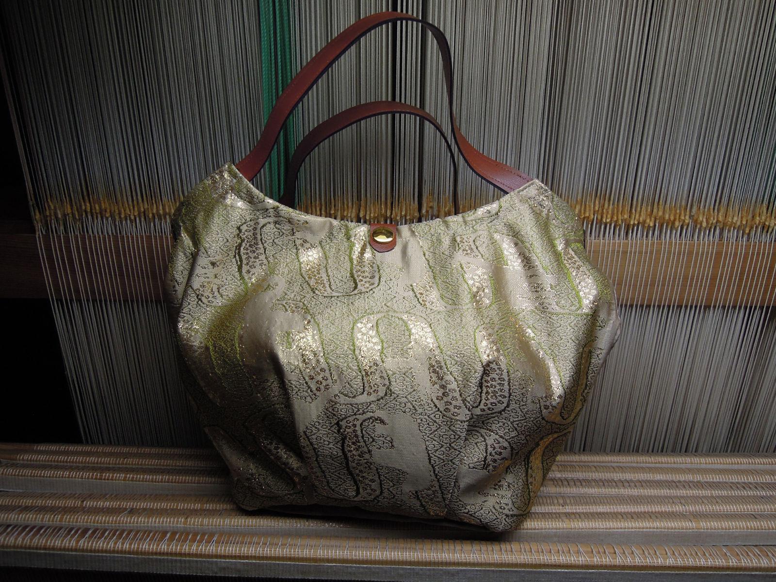 西陣織 金襴 アフリカ紋様バッグ