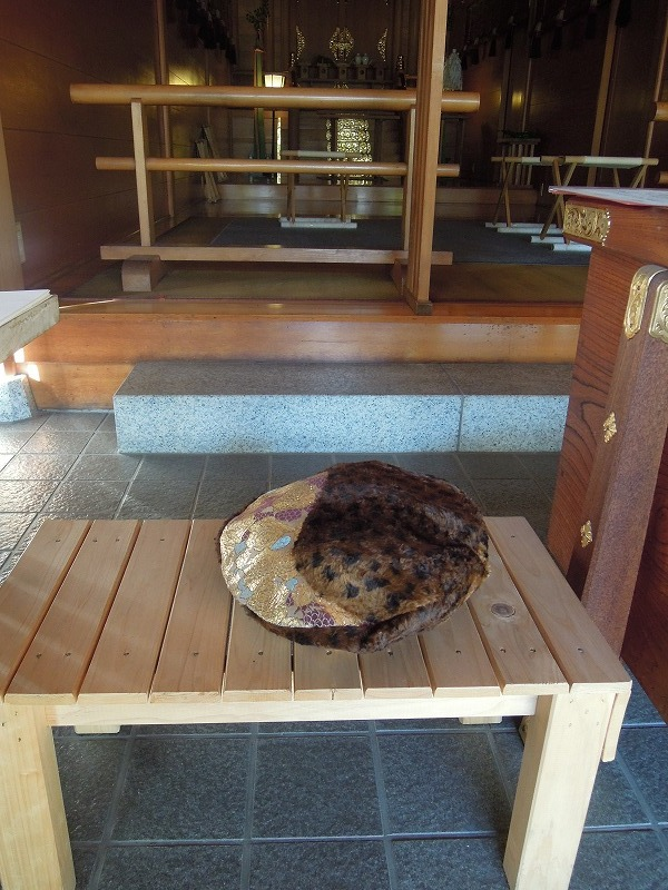 代々木 平田神社 西陣織 金襴 正絹 帽子
