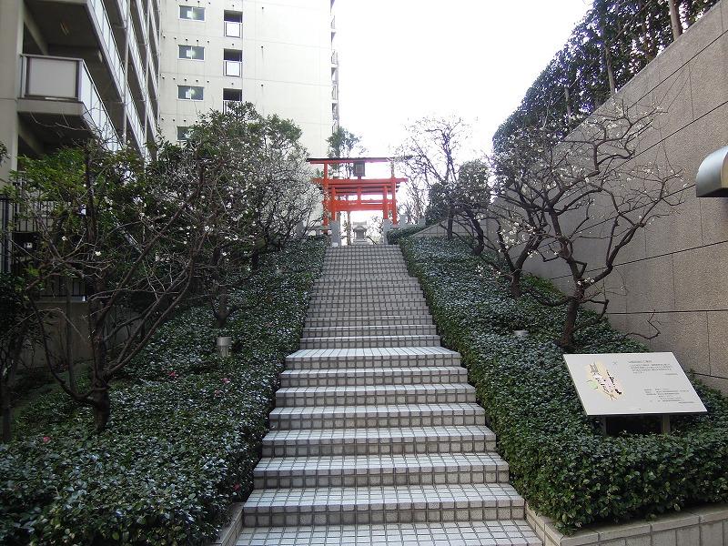 新宿 銀世界稲荷神社