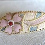 桜のバレッタ~西陣織 金襴 正絹 燕矢紋様使用
