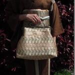 西陣織 金襴 正絹 燕矢紋様 がま口バッグ