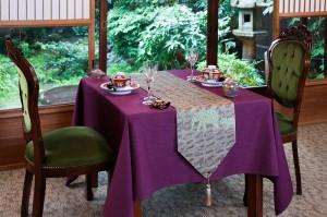 西陣金襴正絹 アフリカ紋様テーブルランナー