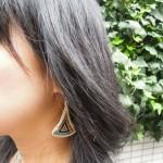 三角ピアス~西陣織 金襴 正絹 羽重ね紋様使用