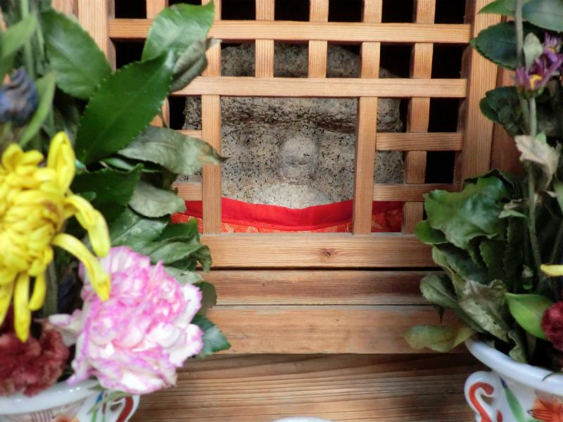 上京区衣棚通寺之内下る木下突抜町のお地蔵さん