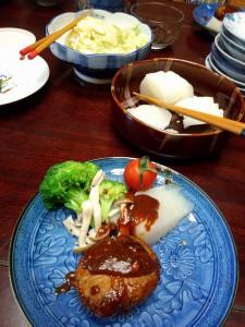 蒸し野菜とハンバーグ