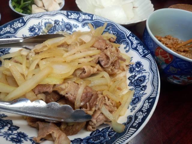 豚肉と大根、玉ねぎの炒めたの