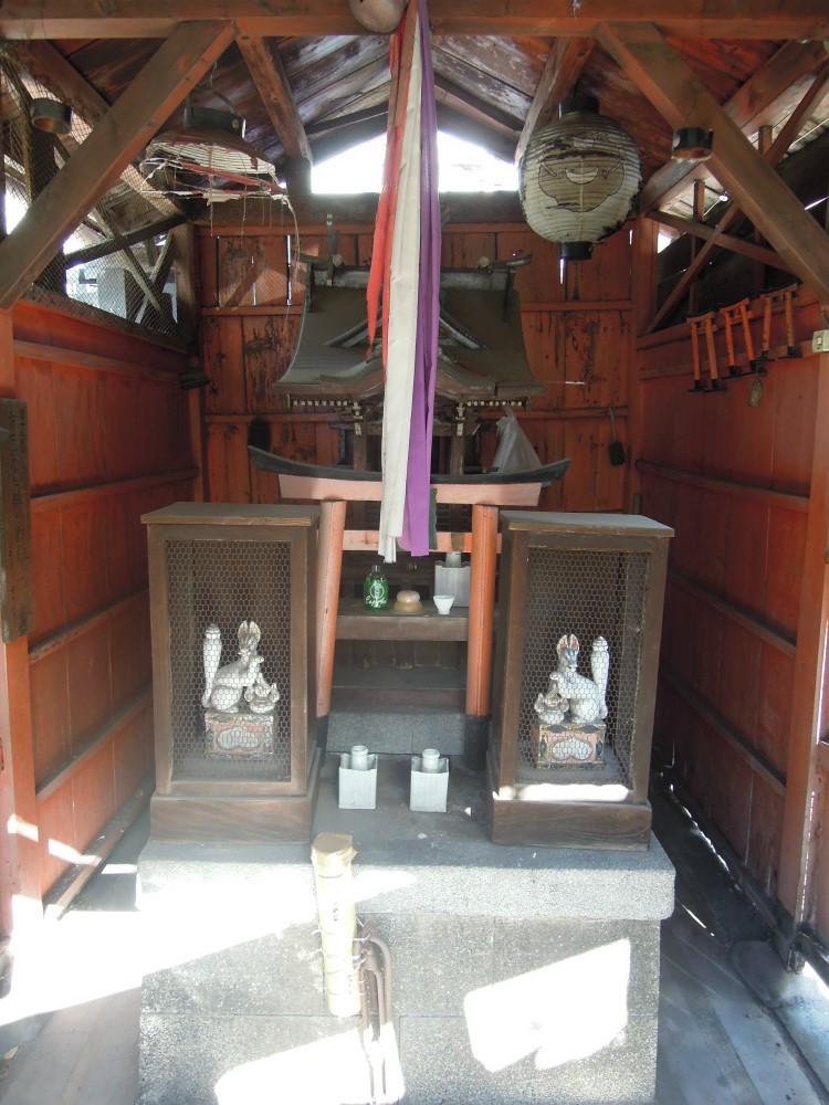 下京区小坂町の初栄大神~西陣金襴織屋の神社見物   西陣 岡本
