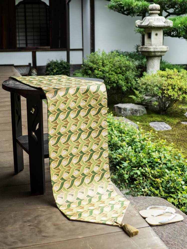 西陣織 金襴正絹 燕矢紋様テーブルランナー