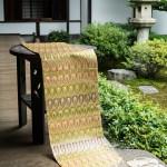 西陣金襴正絹 羽重紋様テーブルランナー