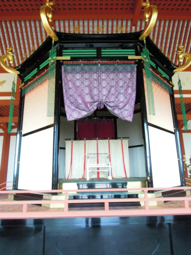 奈良 平城京跡 第一次大極殿 高御座