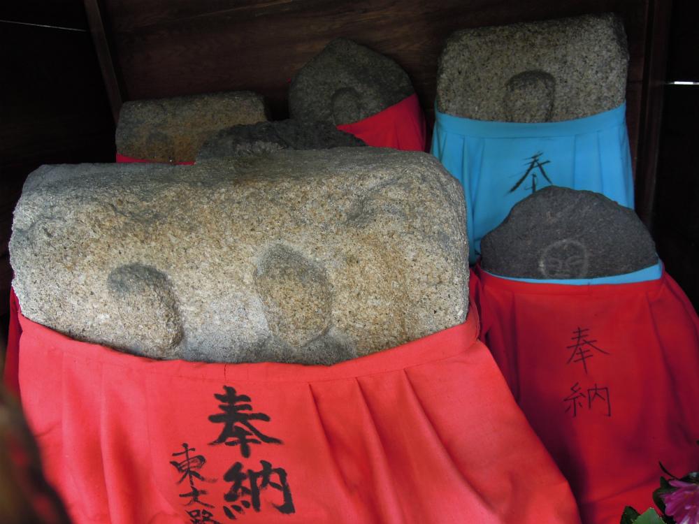 奈良 椿地蔵尊