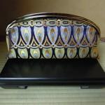 西陣金襴正絹 羽重ね紋様 がま口クラッチバッグ