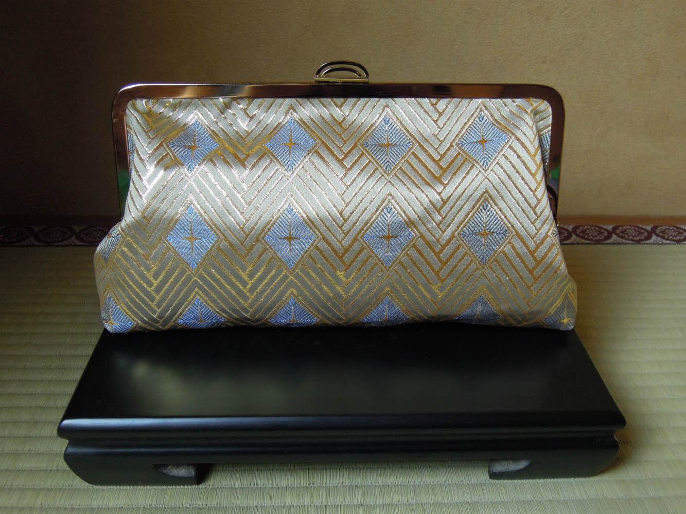 西陣金襴正絹 菱つなぎ紋様 がま口バッグ 正面