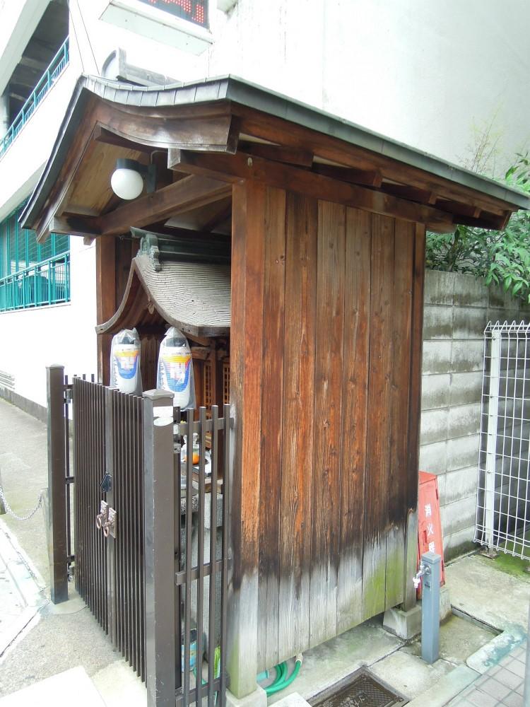 京都市中京区阪東屋町のお地蔵さん