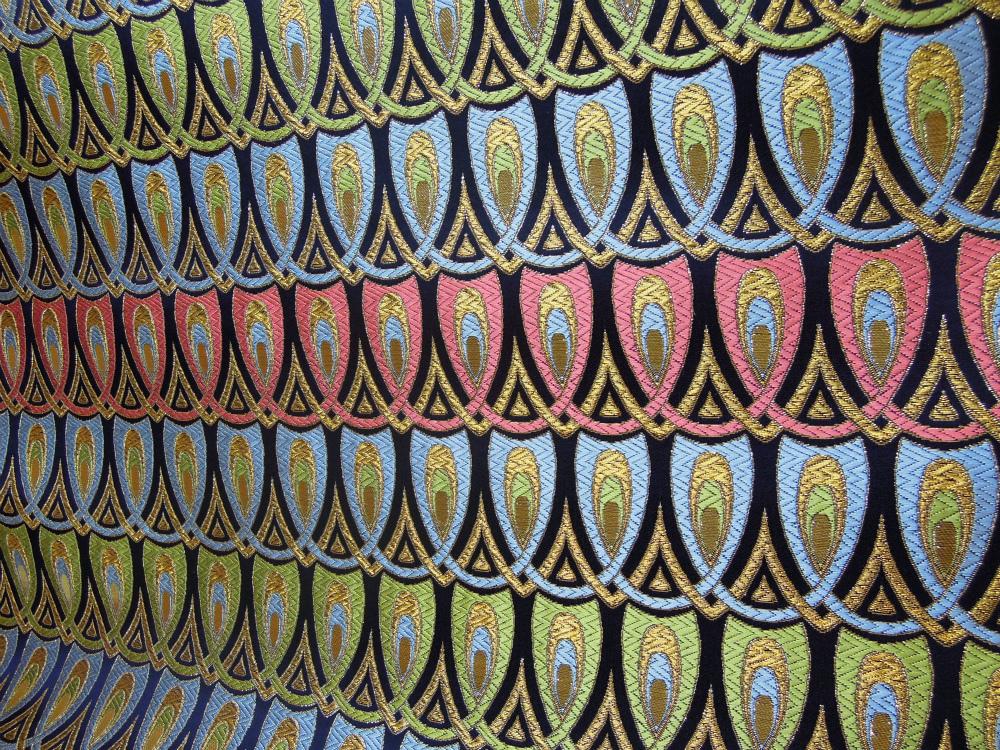 全正絹 西陣金襴 羽重ね紋様