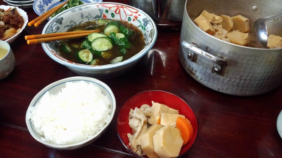 京芋、高野豆腐、人参、豚肉を炊いたん