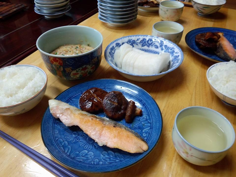 鮭のムニエルと椎茸の油焼き