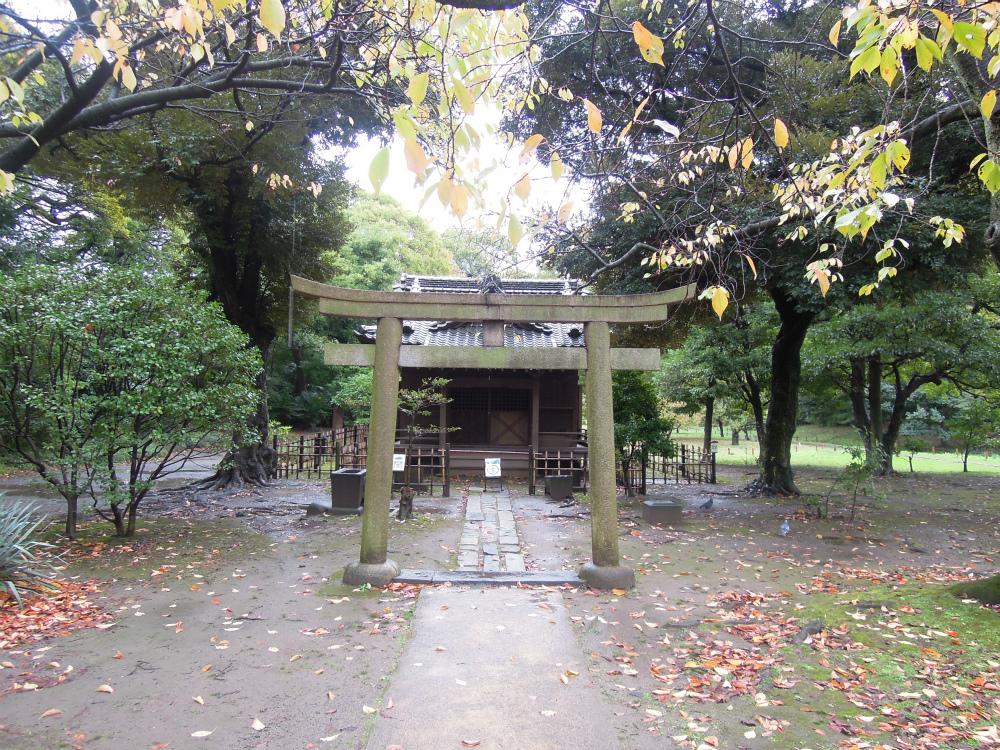浜離宮 旧稲生神社