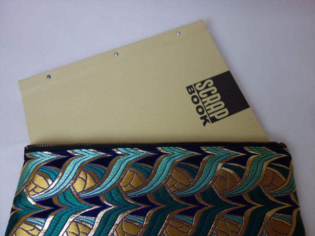 全正絹 西陣金襴 燕矢紋様のクラッチバッグ