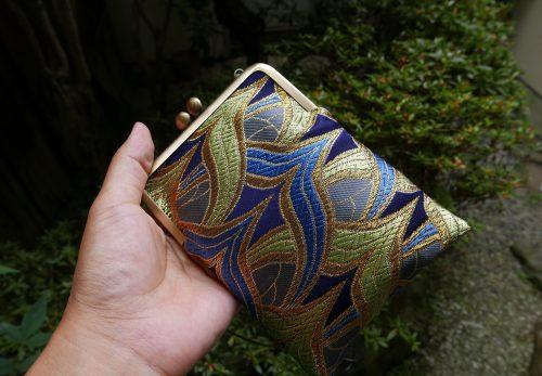 全正絹 西陣織 金襴 燕矢紋様のミニポーチ