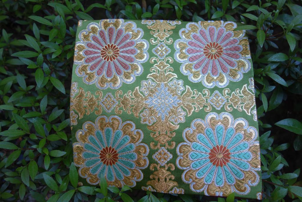 全正絹 西陣織 金襴 唐花紋様
