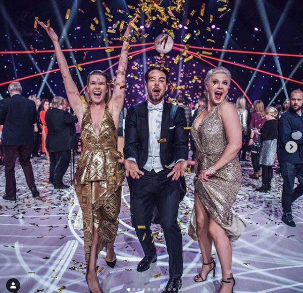 Mr. Teemu Muurimäki×〈西陣岡本〉金色のドレス Golden Globe Awards ゴールデングローブ賞